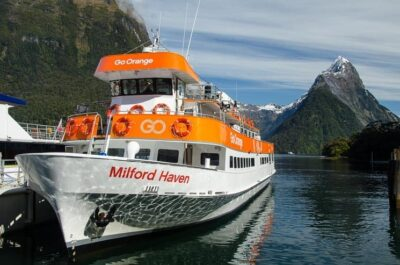 Milford Sound Cruise Experience, New Zealand
